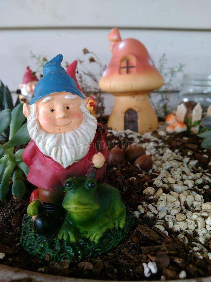 Jardin de Gnome image libre de droits