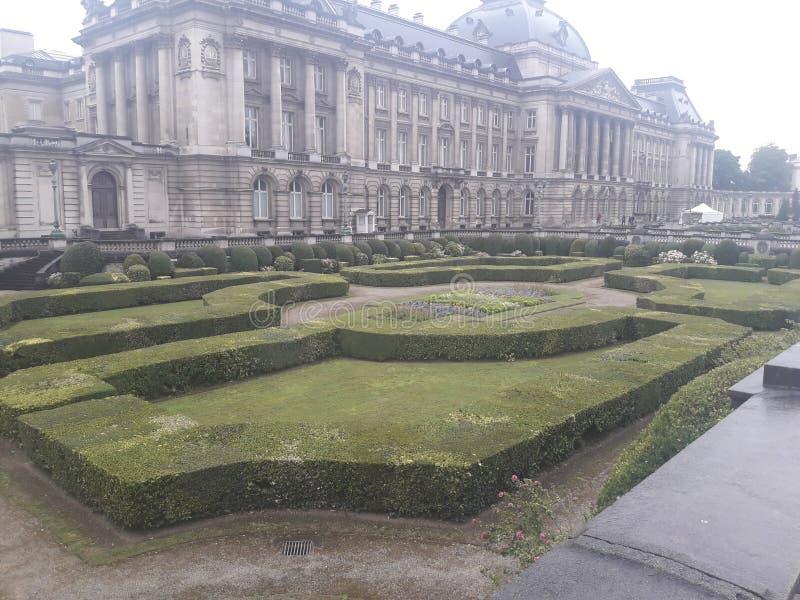 Jardin de palais image libre de droits