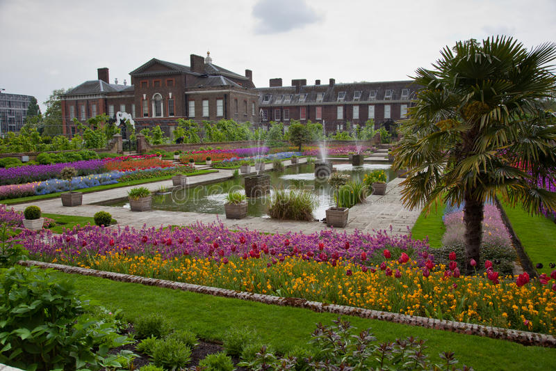 Jardin de palais de kensington londres photo stock for Jardines de kensington