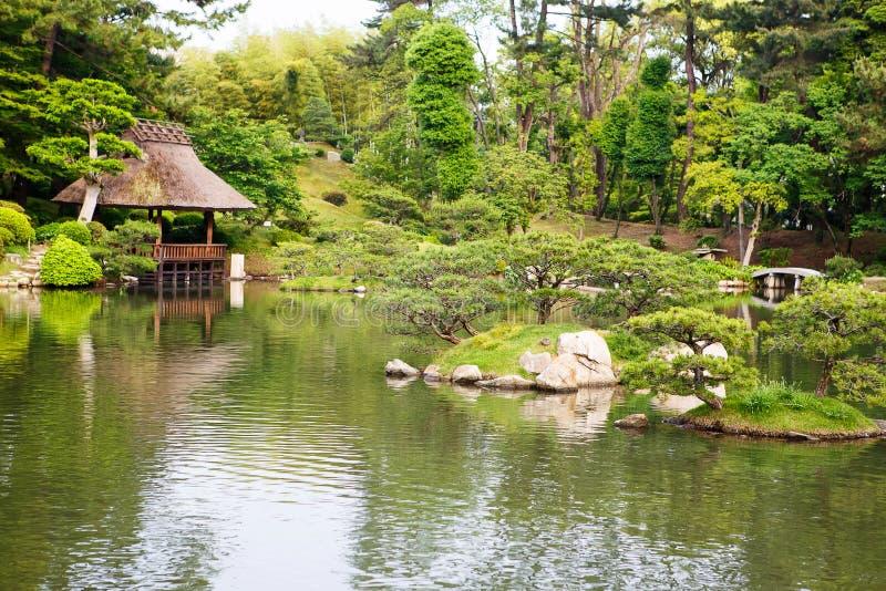 Jardin de style japonais à Hiroshima, Japon image libre de droits