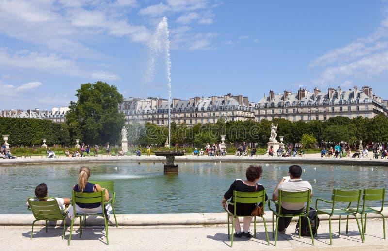 Jardin DES Tuileries In Paris Redaktionelles Stockbild - Bild von ...