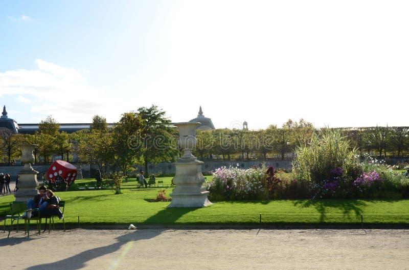 Jardin des Tuileries Perfect dzień zdjęcia stock