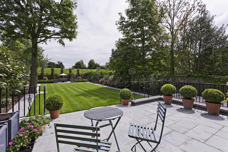Jardin domestique images stock