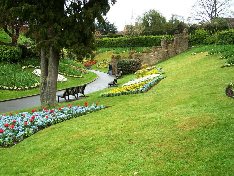 Jardin et fleurs dans Guildford images stock
