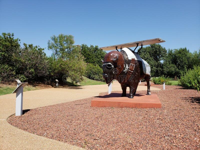 Jardin extérieur gentil autour de centre d'histoire de l'Oklahoma image libre de droits