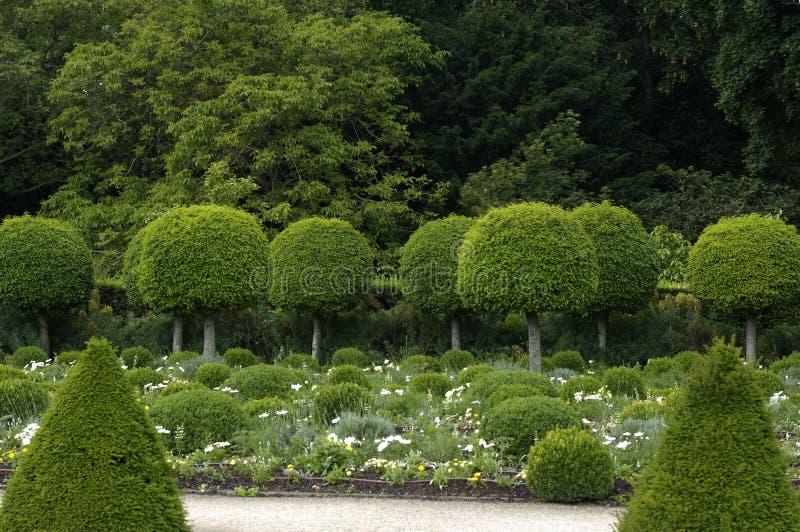 Jardin formel français photographie stock libre de droits