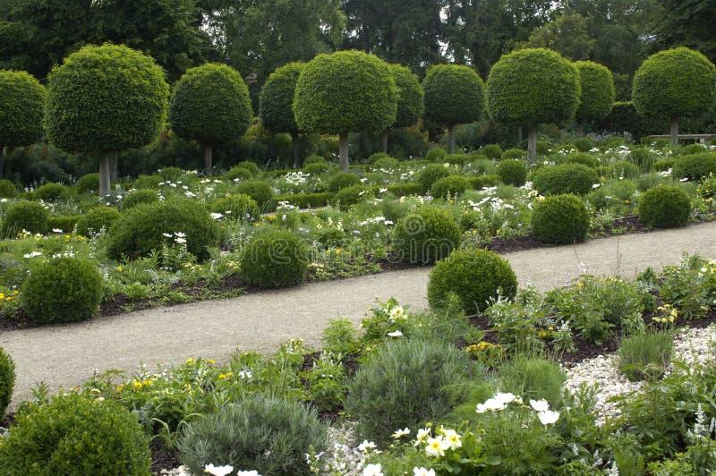 Jardin formel français image stock