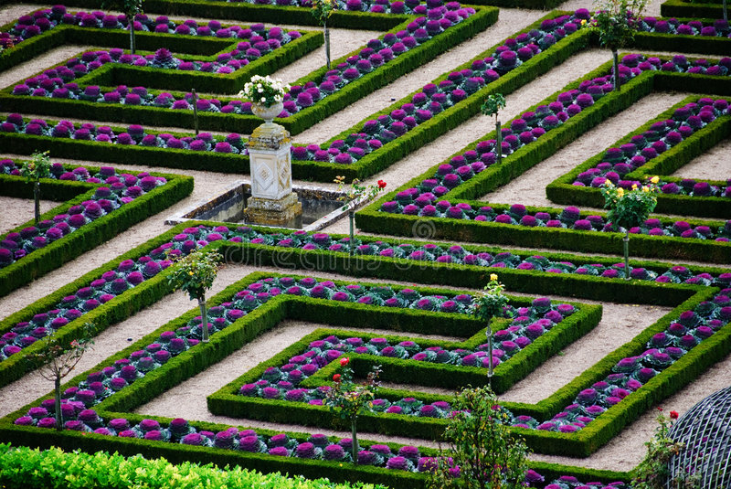 Jardin formel - Loire Valley - France photos stock