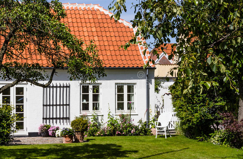 Jardin gentil avec l'allocation des places photos stock