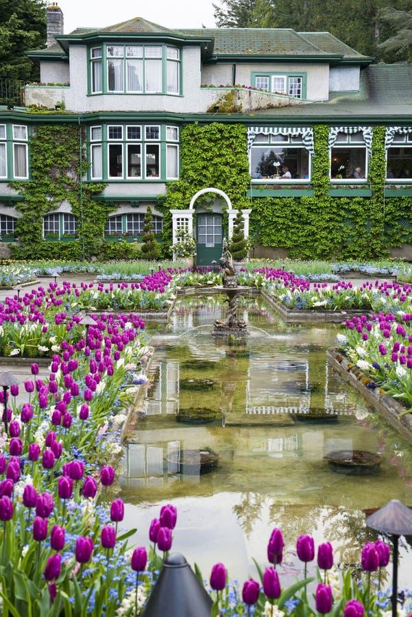 Jardin italien de jardins de Butchart et restaurant de salle à manger image libre de droits