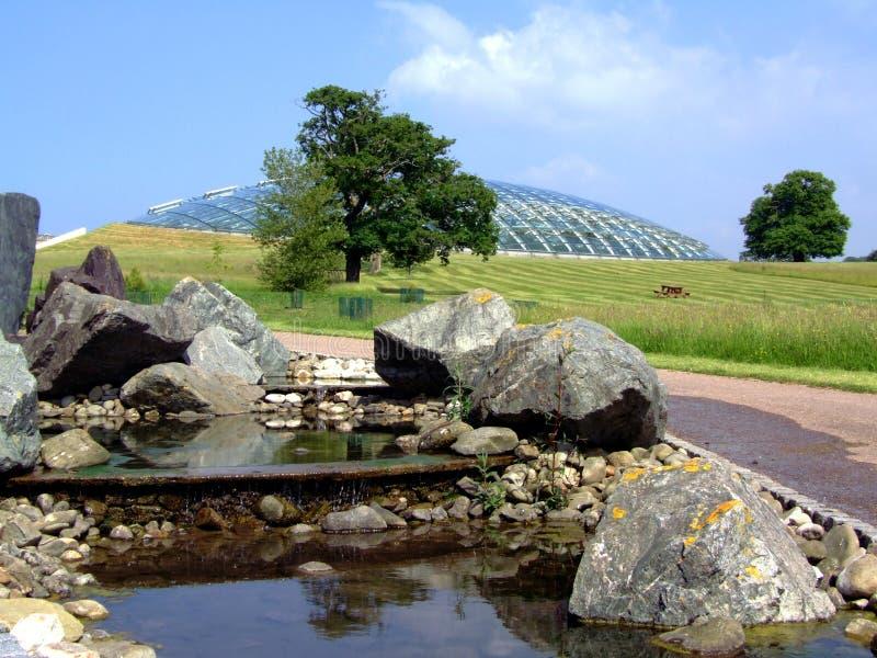 Jardines botánicos el Sur de Gales Reino Unido imagen de archivo