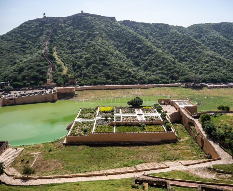 Jardines de Amber Fort en Jaipur, la India imagen de archivo libre de regalías