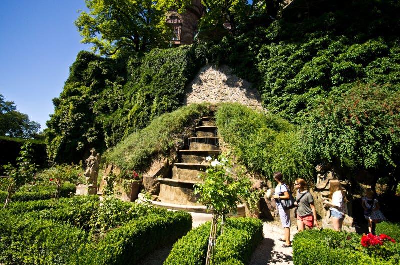 Jardines del castillo de Ksiaz imagenes de archivo