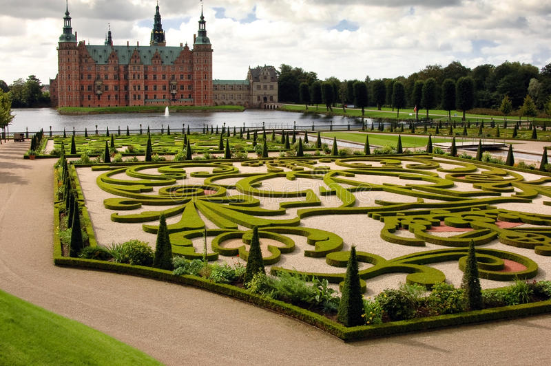 Jardines en Frederick Slott Dinamarca foto de archivo