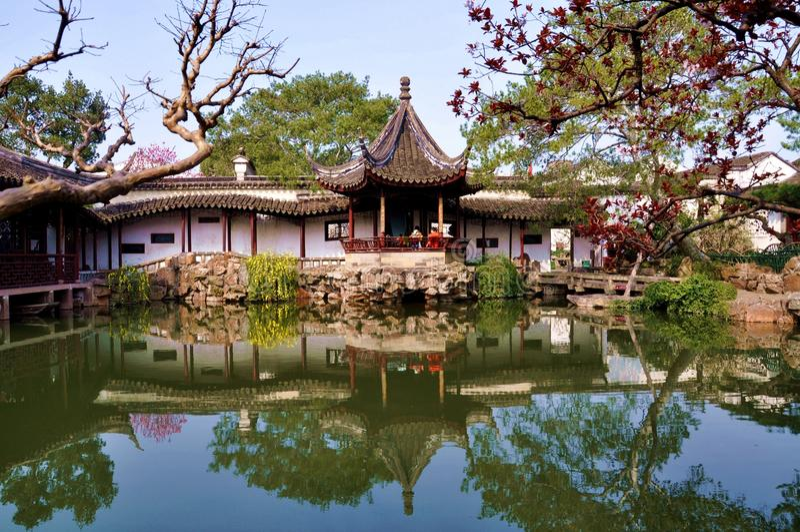 Jardines en Suzhou fotografía de archivo libre de regalías
