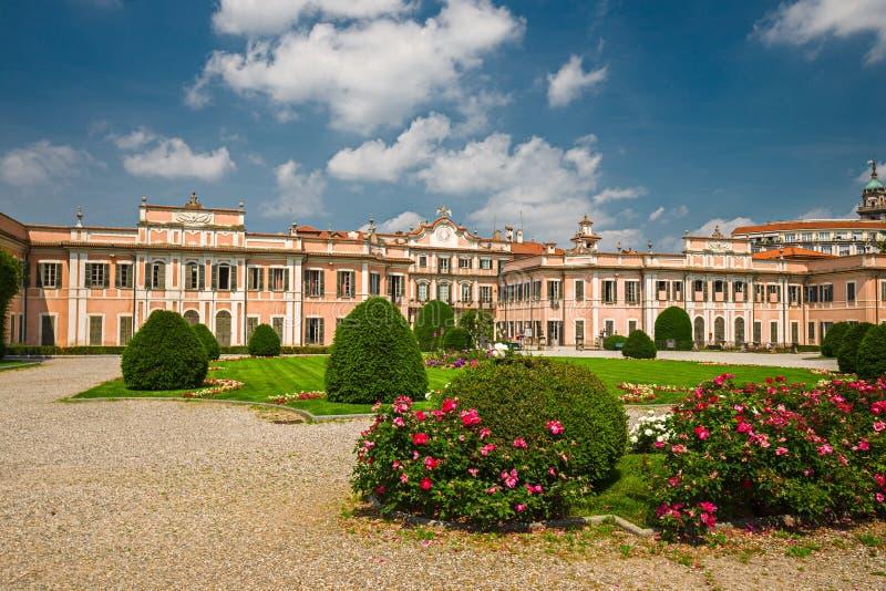 Jardines públicos del palacio de Estense, en Varese foto de archivo libre de regalías