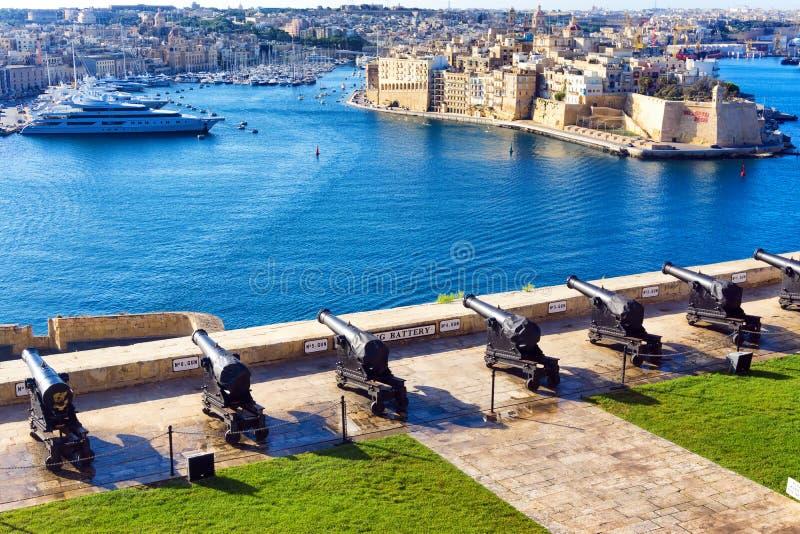 Jardines superiores de Barrakka en La Valeta, Malta imagen de archivo