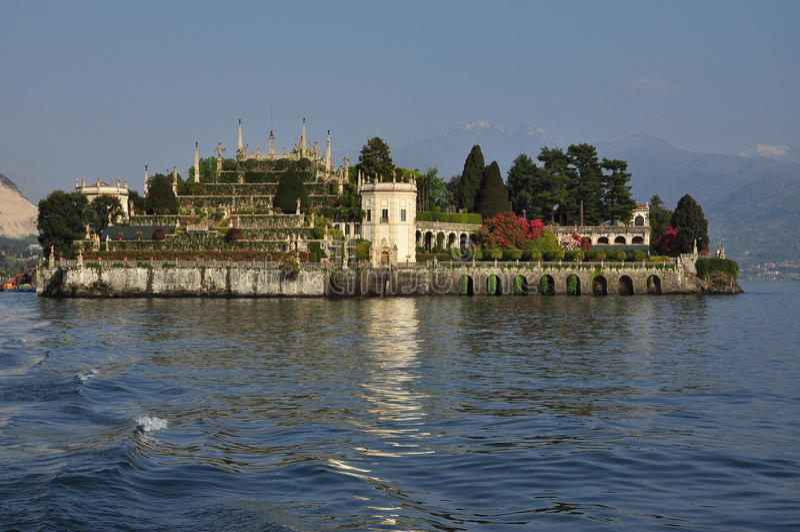 Jardins accrochants d'Isola Bella. Lac Maggiore, Italie image libre de droits
