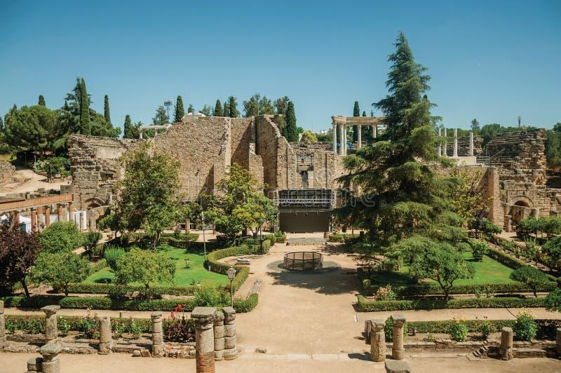 Jardins chez Roman Theater de Mérida photo libre de droits