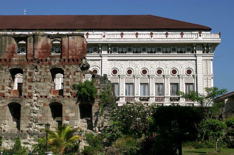 Jardins da catedral de Filipinas Manila foto de stock royalty free