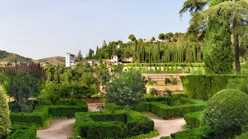 Jardins de château d'Alhambra images libres de droits