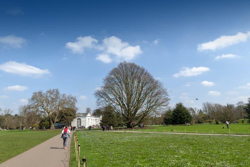 Jardins de Kew, um jardim botânico no sudoeste Londres, Inglaterra fotos de stock royalty free