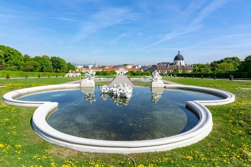 Jardins de palais de belv?d?re ? Vienne, Autriche photos libres de droits