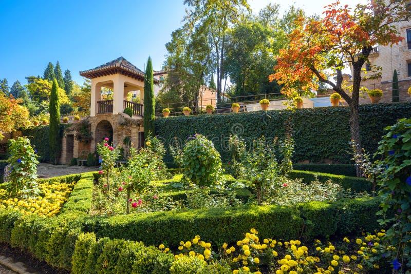 Jardins de palais d'Alhambra l'Andalousie Grenade Espagne photographie stock libre de droits
