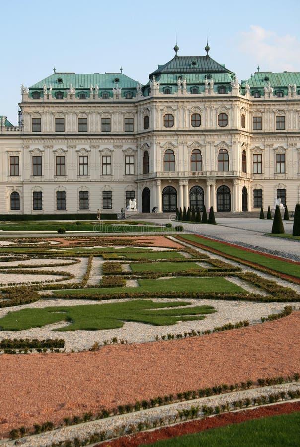 Jardins de palais de belvédère à Vienne, Autriche image libre de droits