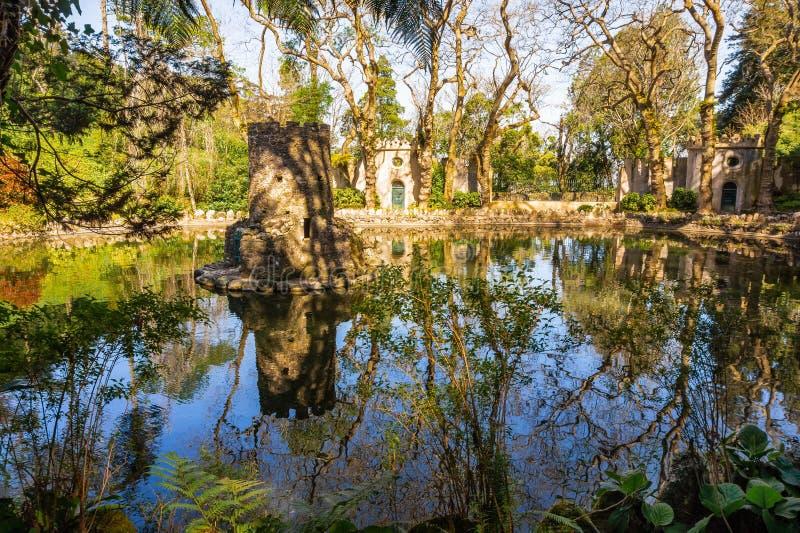 Jardins de Pena na cidade histórica Sintra em Portugal imagem de stock