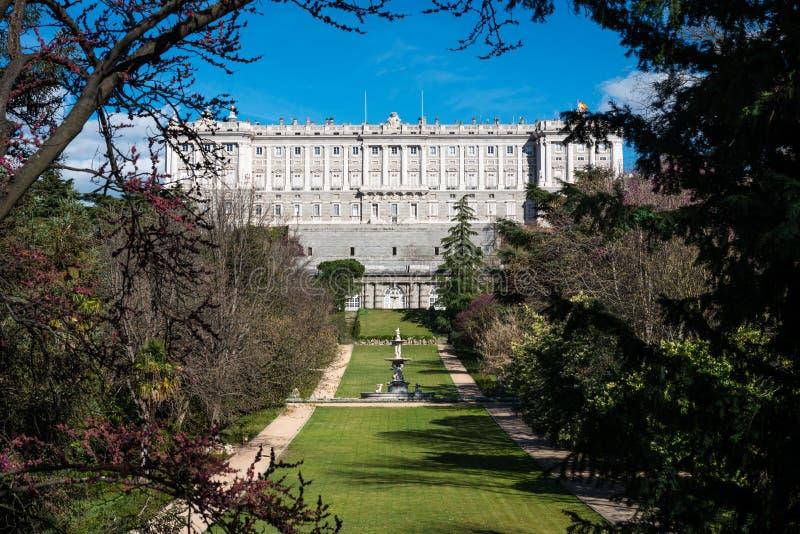 Jardins de Royal Palace de Madrid photo libre de droits