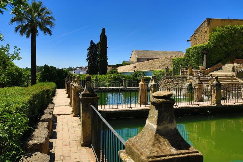 Jardins do Alcazar de los Reyes Cristianos, Córdova, Espanha O lugar é local declarado do patrimônio mundial do UNESCO Córdova, S imagens de stock royalty free