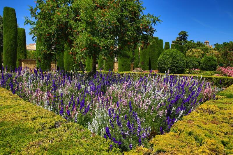 Jardins do Alcazar de los Reyes Cristianos, Córdova, Espanha O lugar é local declarado do patrimônio mundial do UNESCO Córdova, S imagem de stock royalty free