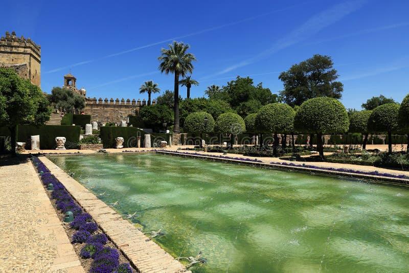 Jardins do Alcazar de los Reyes Cristianos, Córdova, Espanha O lugar é local declarado do patrimônio mundial do UNESCO Córdova, S imagens de stock