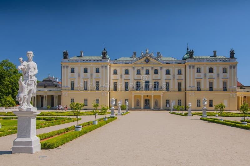 Jardins do Palácio Branicki, o complexo histórico é um lugar popular para os moradores, Bialystok, Polônia fotos de stock royalty free