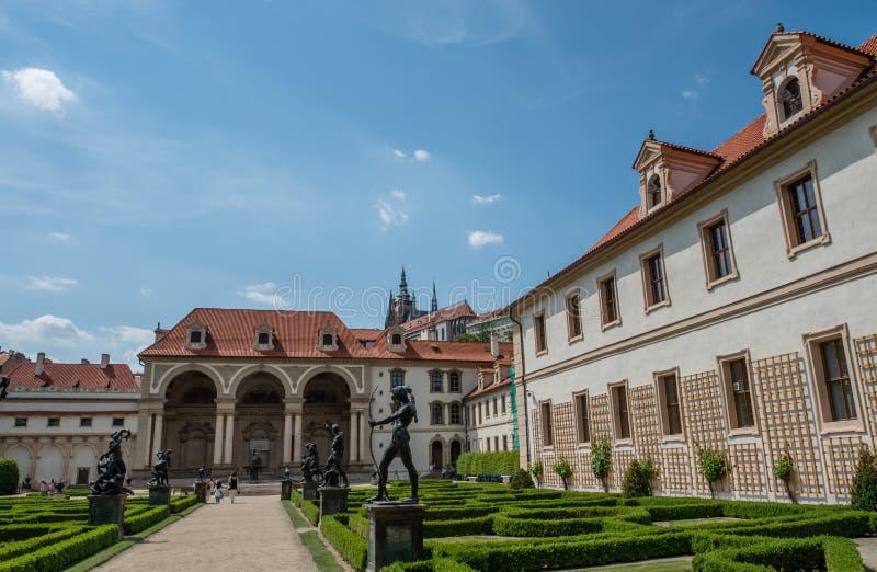 Jardins do palácio de Wallenstein, Praga imagem de stock royalty free