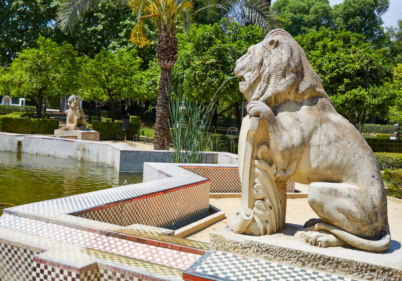 Jardins spain do parque de Sevilha Maria Luisa imagens de stock royalty free