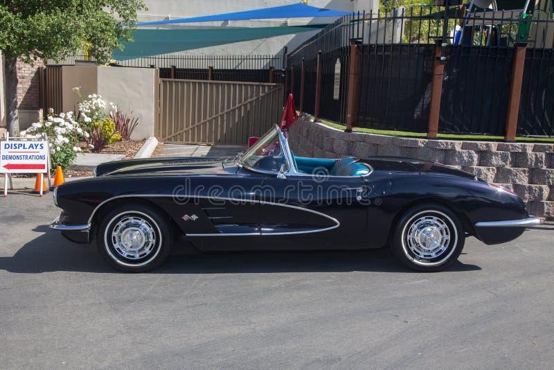 jaren '50 Chevy Corvette stock afbeeldingen
