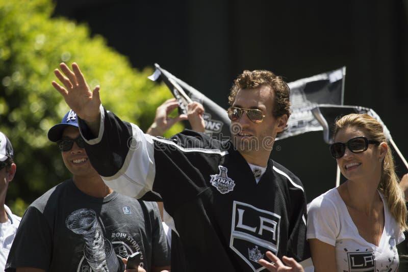Jarret Stoll en meisje Erin Andrews bij La-Koningen 2014 Stanley Cup Victory Parade, Los Angeles, Californië, de V.S. royalty-vrije stock fotografie