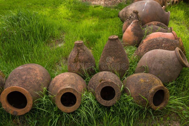 Jarros antigos do vinho da argila imagem de stock royalty free