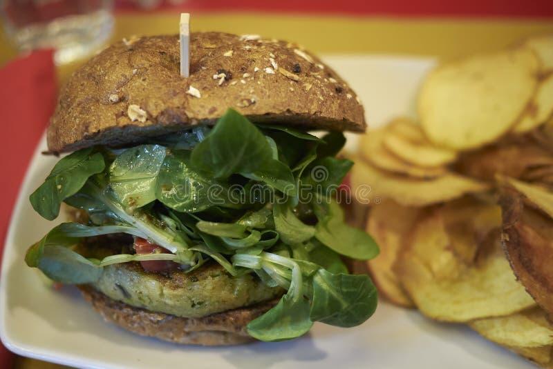 Jarski hamburger i układy scaleni zdjęcie stock