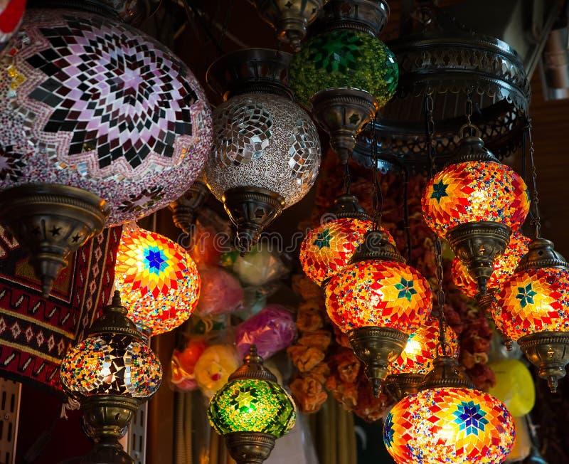Jaskrawa barwiąca lampa obraz stock