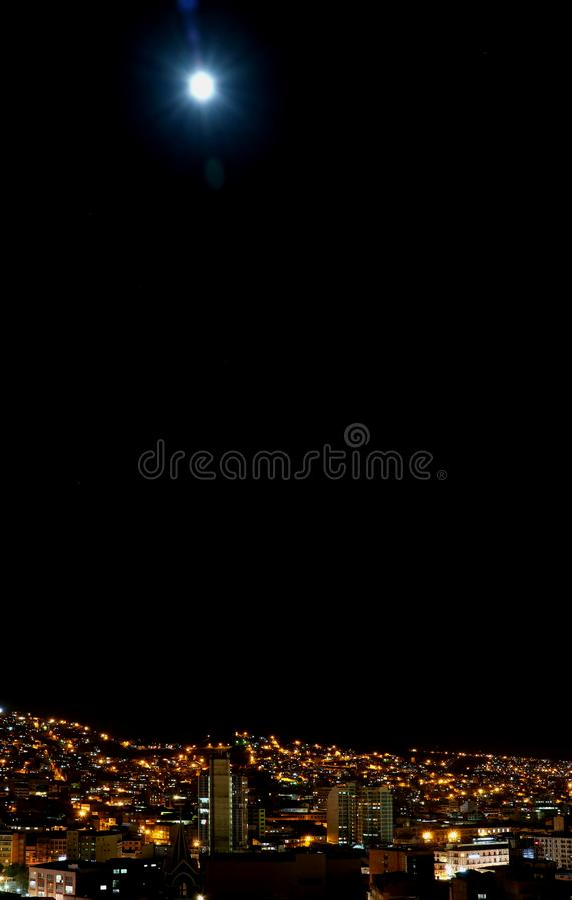 Jaskrawa księżyc noc los angeles Paz stolica Boliwia obraz royalty free