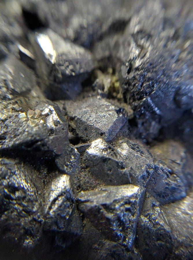 Jaskrawa powulkaniczna ogniowa skała zdjęcie stock
