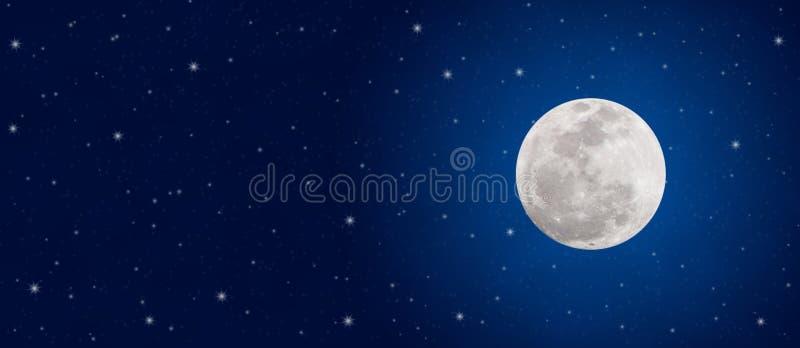 Jaskrawe ksi??yc w pe?ni i migotania gwiazdy w zmroku - b??kitny nocne niebo sztandar fotografia stock