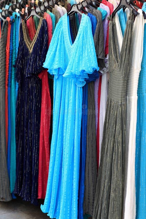 Download Jaskrawe lato suknie obraz stock. Obraz złożonej z strój - 28955919