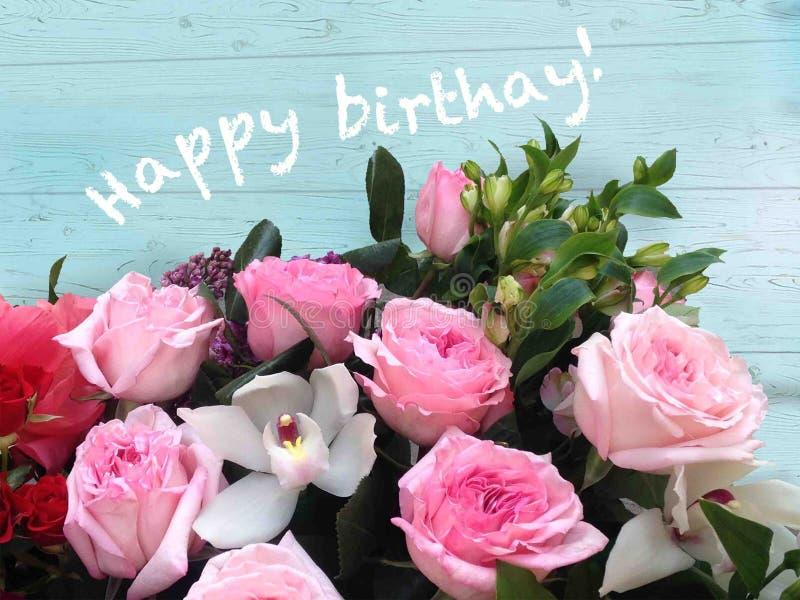 Jaskrawe różowe świąteczne angielskie róże na pastelowym pogodnym tle royalty ilustracja