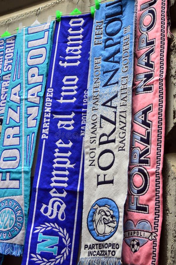 Jaskrawy coloured futbolowi scarves dla sprzedaży obrazy royalty free