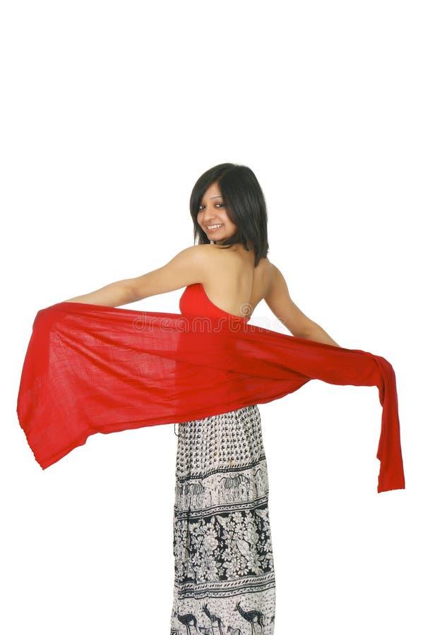 jaskrawy dziewczyny indyjskiej czerwieni szalik zdjęcia stock