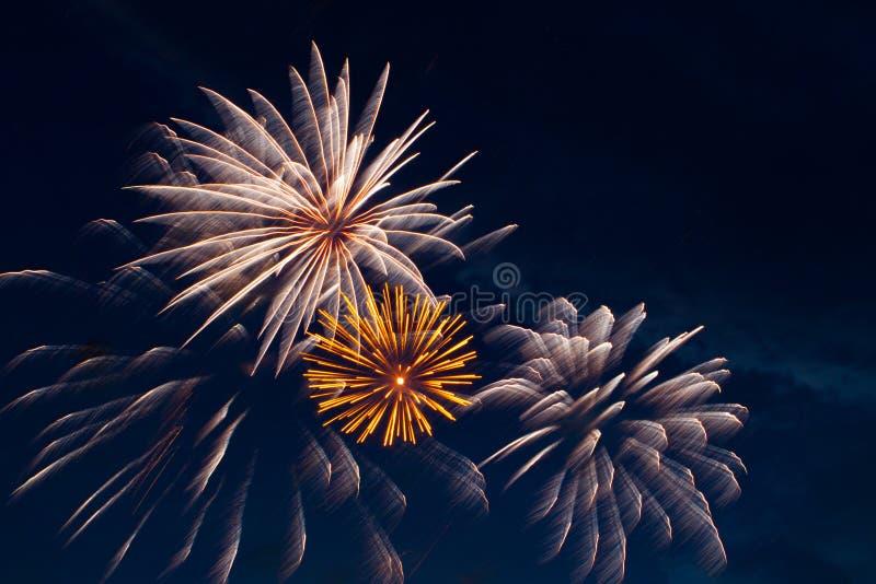 jaskrawy kolorowi fajerwerki zdjęcie royalty free